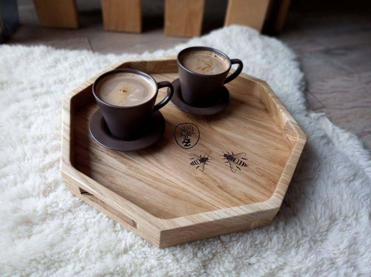 dřevěný kuchyňský servírovací tác-podnos osmiúhelník